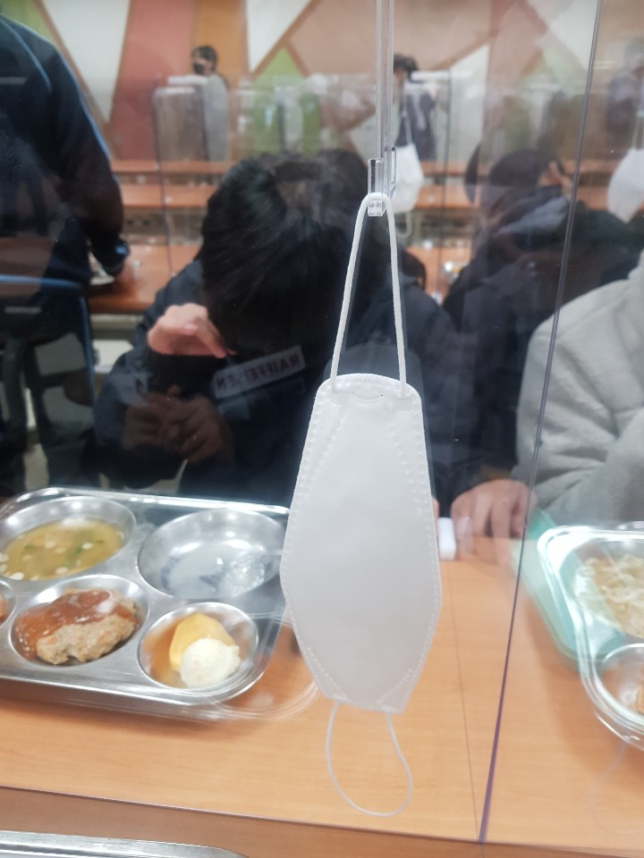 [일반] 급식실 칸막이 교체의 첨부이미지 4